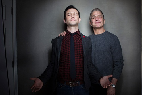 Joseph Gordon-Levitt ve Tony Danza; Don Jon's Addiction'da.