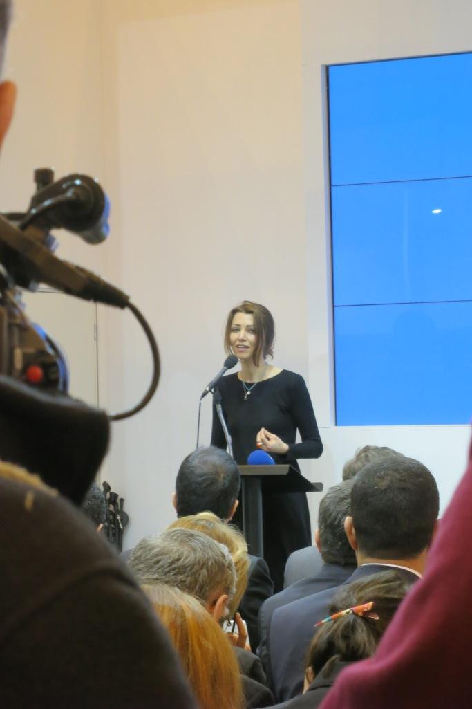 Elif Şafak, açılış konuşmasında.