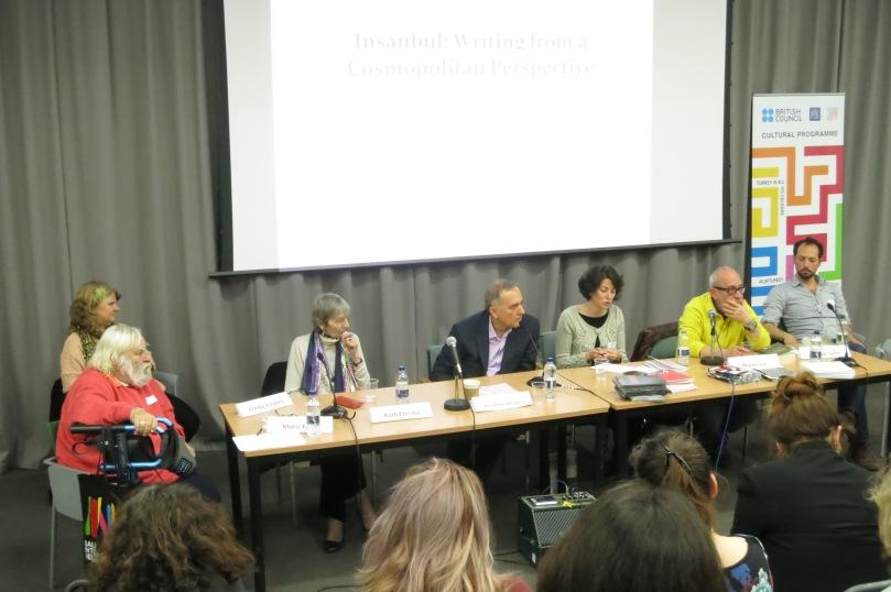 """""""Insanbul"""" başlıklı konuşmada, Moris Farhi, Ruth Christie, Murathan Mungan ve Mario Levi; çevirmenlerle birlikte."""