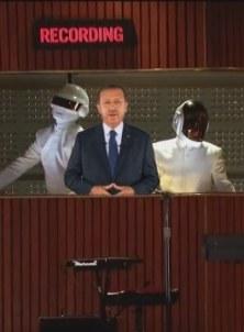 hologram-recep-tayyip-erdogan-grammyde_171203-4370_640x360