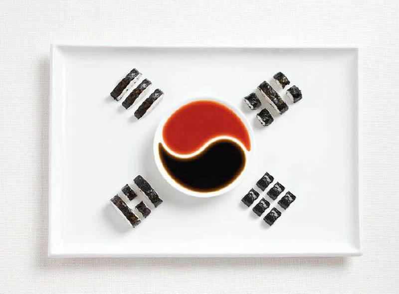 Güney Kore; kimbap ve sosları.