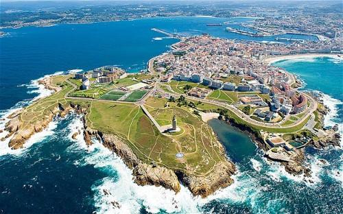Gidemeyenler için seyahat rehberi: A Coruña