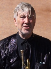 vf_une_david_lynch_9432.jpeg_north_240x320_white