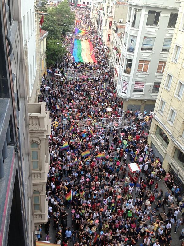 30-haziran-2013-lgbt-onur-yürüyüşü_468182