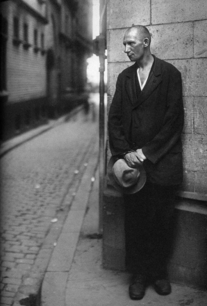 İşsiz Adam, 1928.