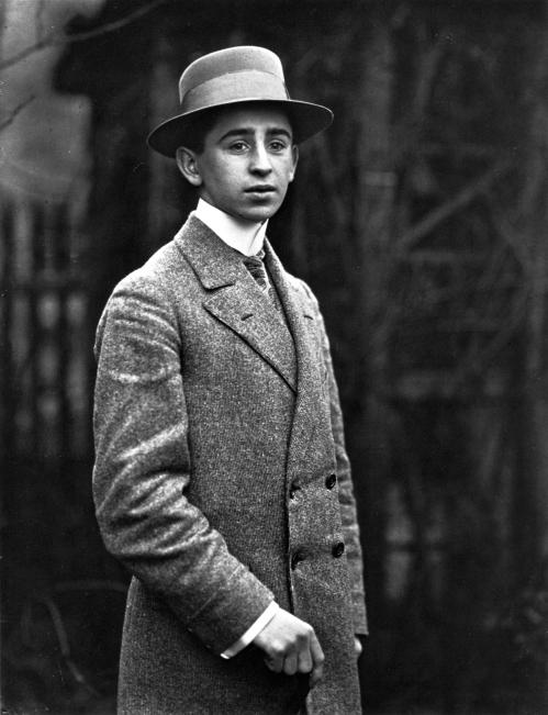 Genç Çiftçi, yaklaşık 1906.