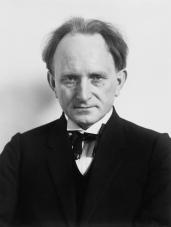 Otoportre, 1925.